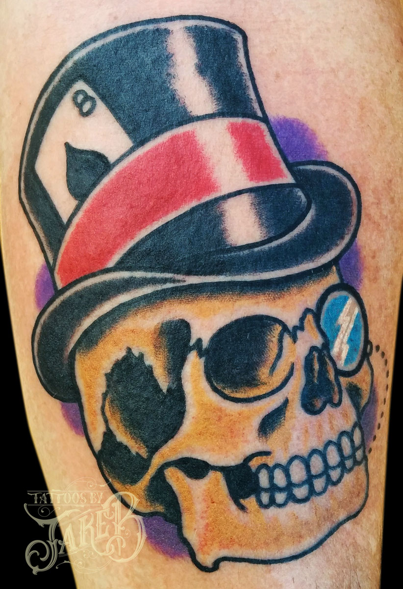 traditional gentleman skull tattoo